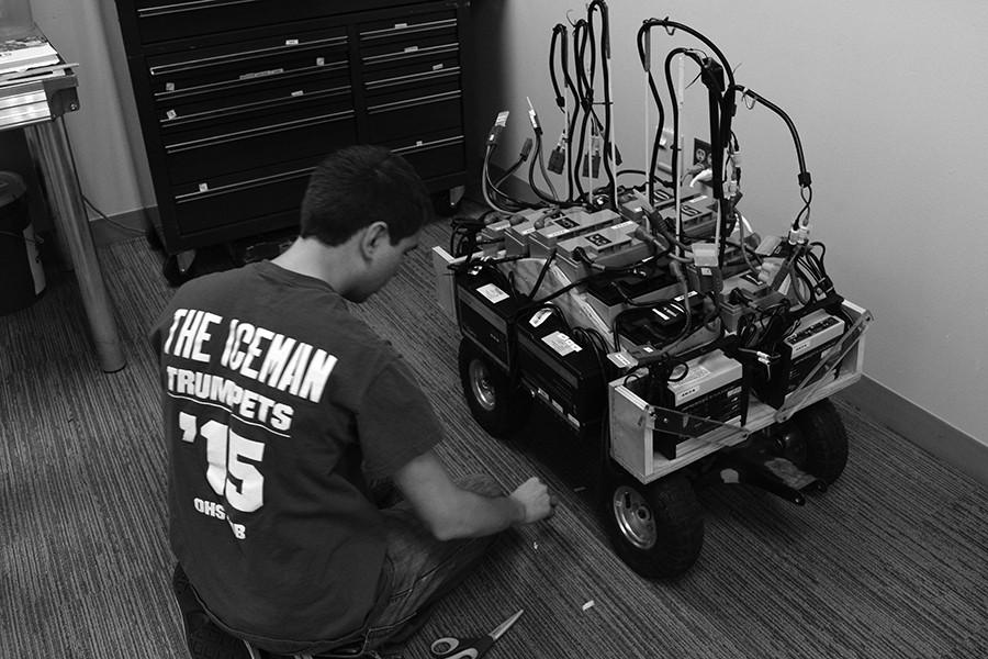 OHS robotics team prepares for state tournament