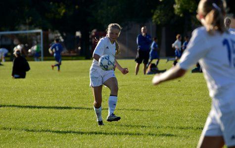 Photo Gallery: Girl Soccer