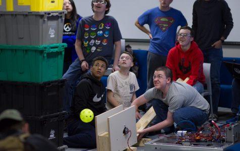 Robotics starts to build