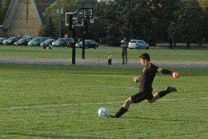 Brandon S 1010 bg soccerplayoffs 027