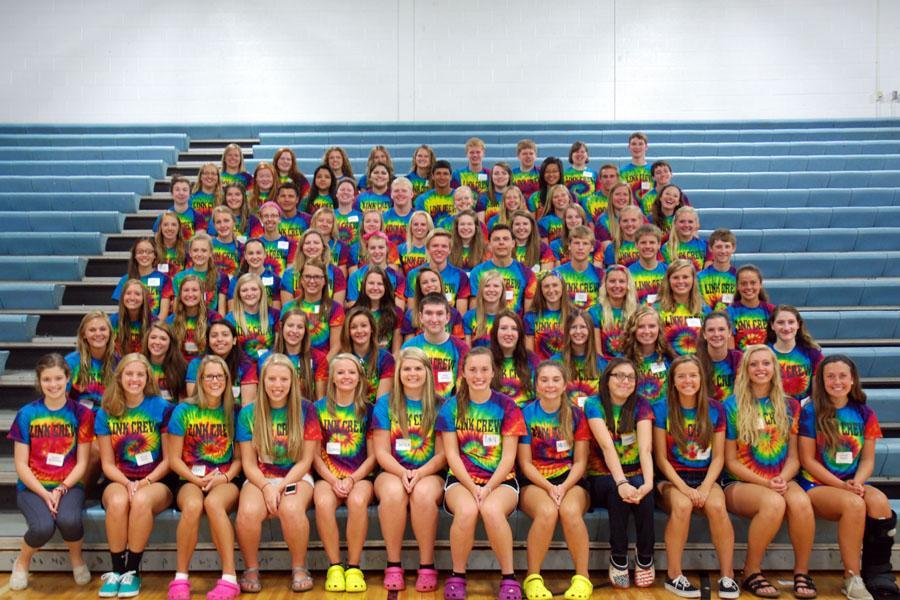Link Crew helps freshmen