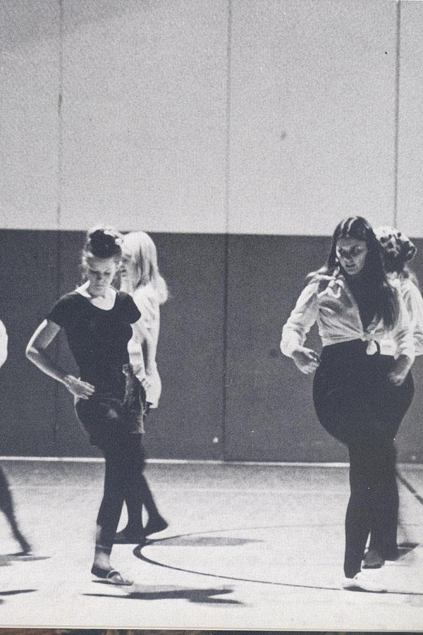 OHS Indianettes from The Totem '75