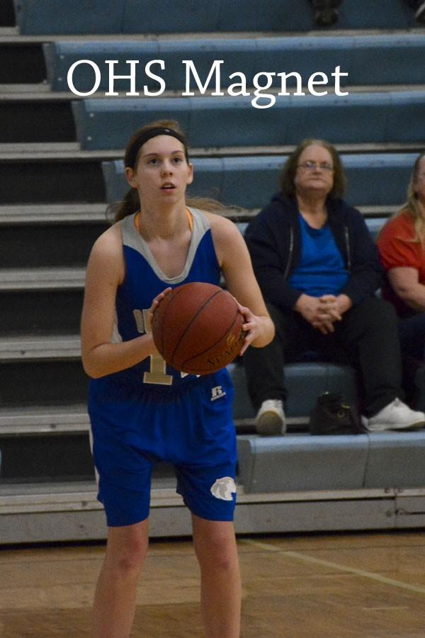 Anna Edel about to make a basket
