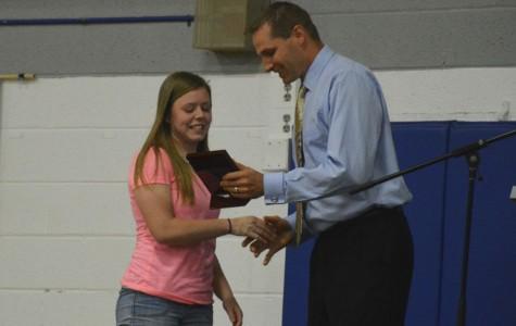 Senior Kathryn DuFrene receives her 110% Award