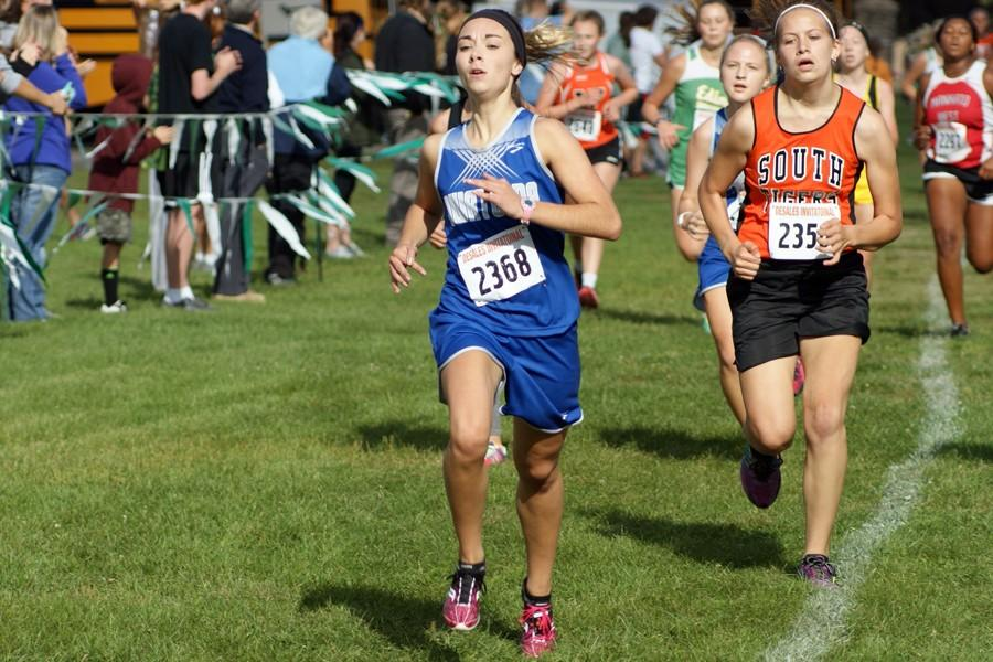 Sophomore Sam Hager races to finish her race