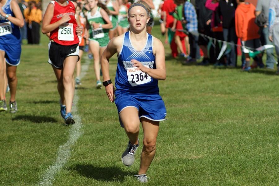 Senior Hannah Cochlin sprints to the finish line