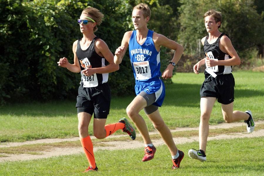Junior Braydon Kubat running for Owatonna