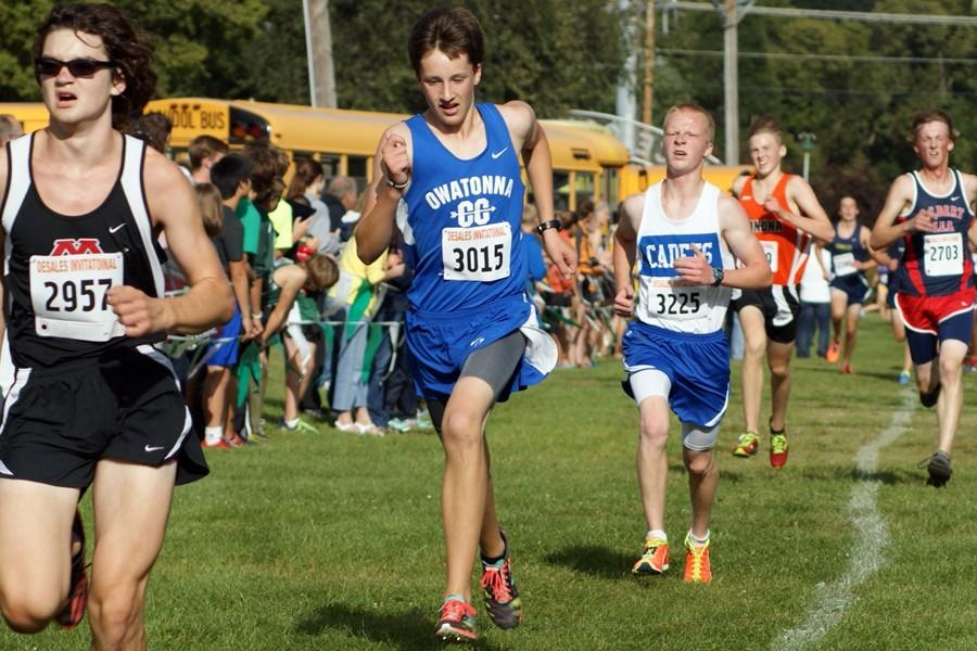 Sophomore Bryce Knutson races his way to the finish