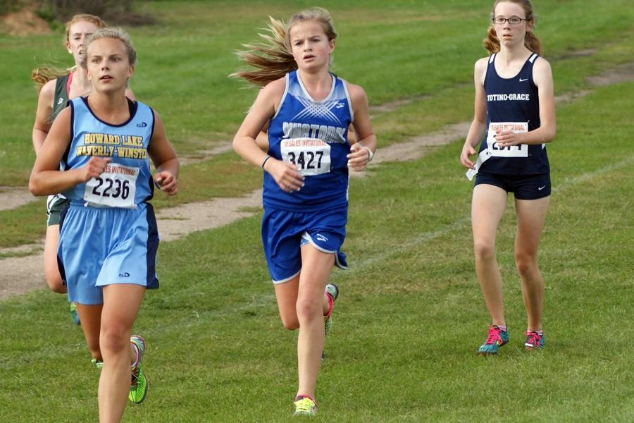 Sophomore Becca Sattler comes to the second loop of her race