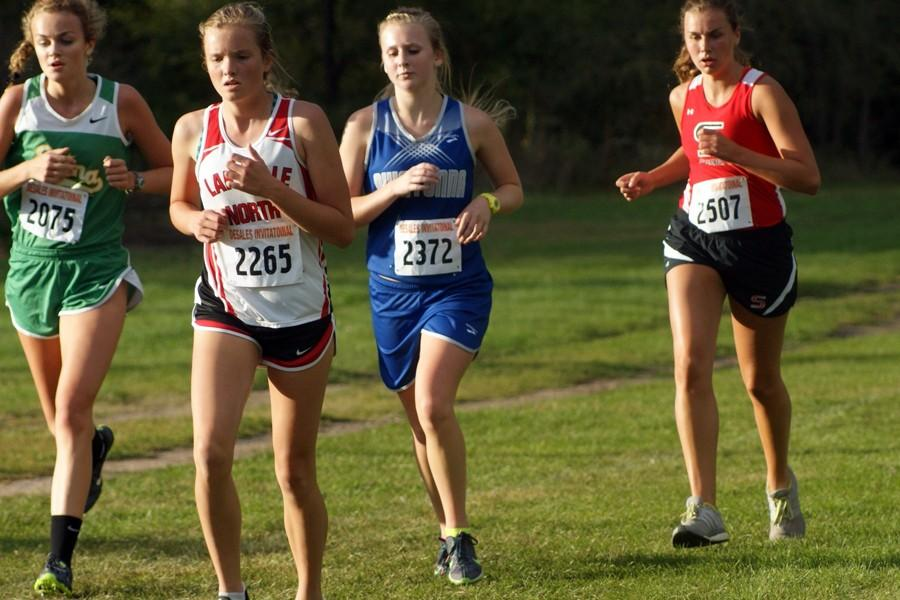 Sophomore Jade Huesby at the beginning of her race