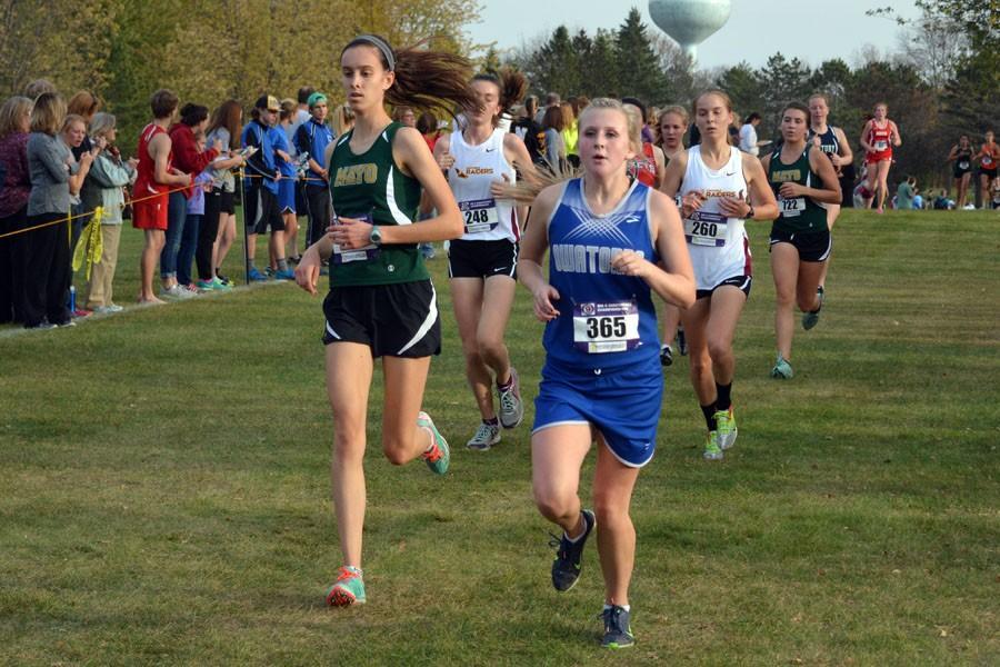 Sophomore Jade Huesby running