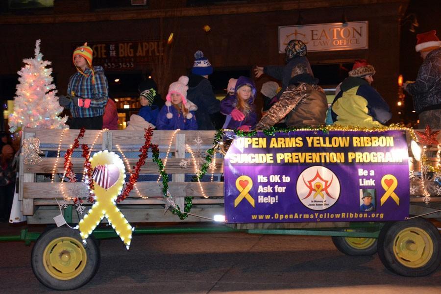Steele County Crisis Resource Center yellow ribbon Hay wagon
