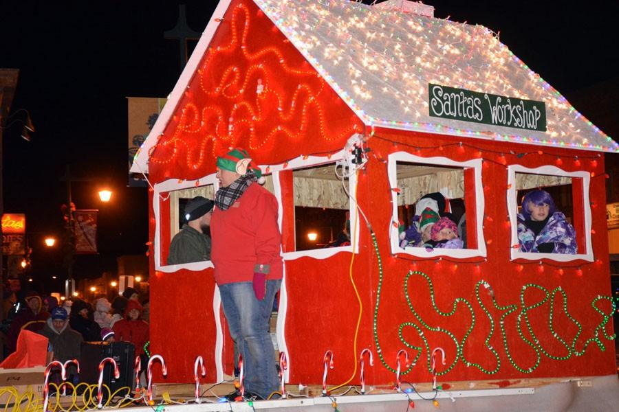 Santa's Workshop pulled by the Steele County Humane Society