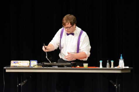 Colton Heilman cooks for his talent