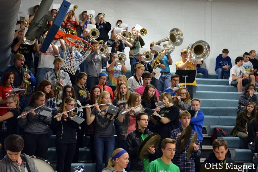 Owatonna pep-band playing during the pepfest