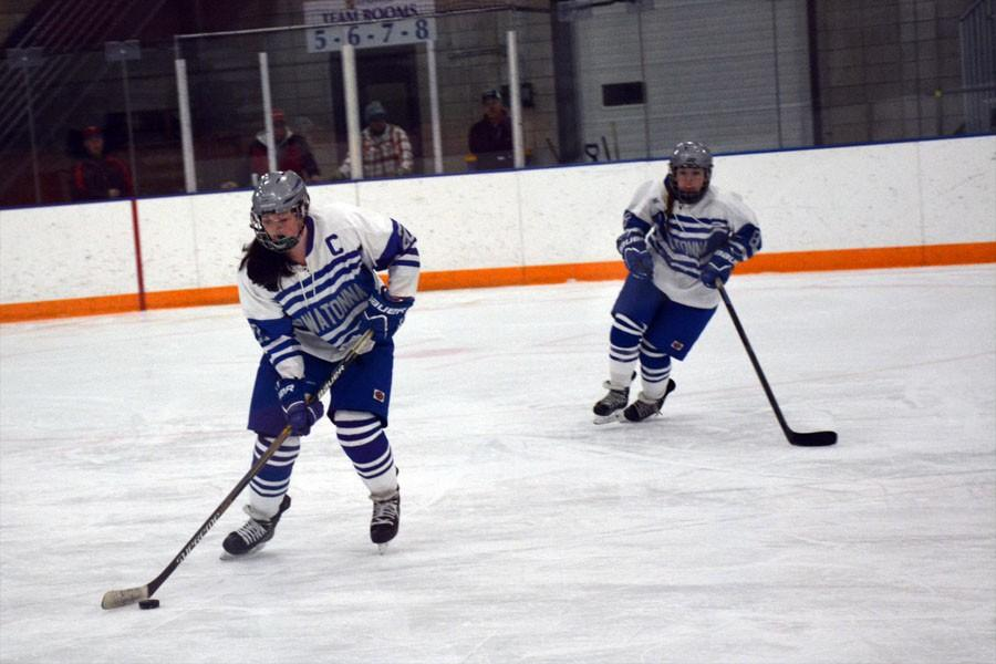 Senior Jessica VonRuden in control of the puck