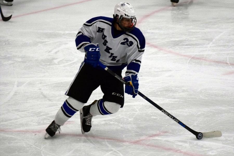 ES+Boys+Hockey+12-8-2015+829