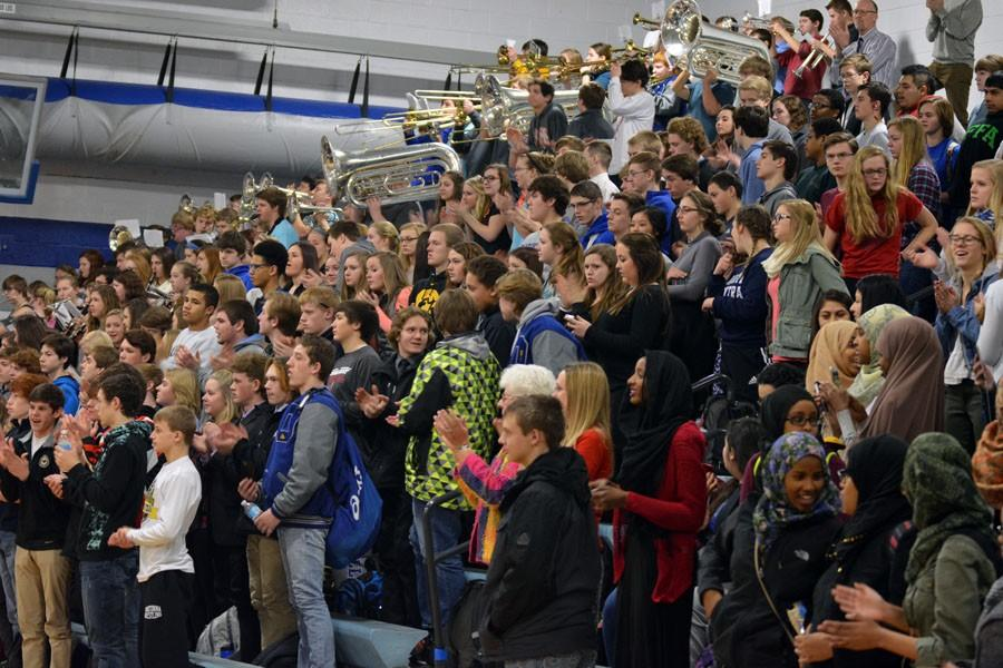 OHS students clapping to the school song during the pepfest