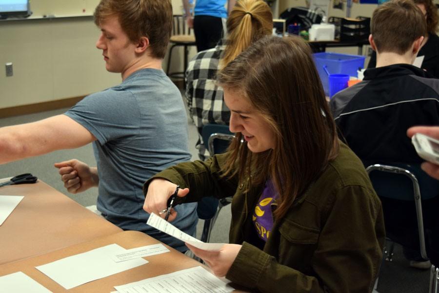 Junior Isaiah Damitz and Sophomore Claire Borgerding work on getting draws cut.