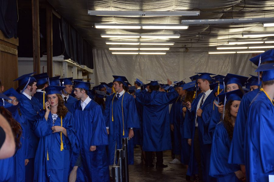 OHS class of 2016 lining up before the ceremony
