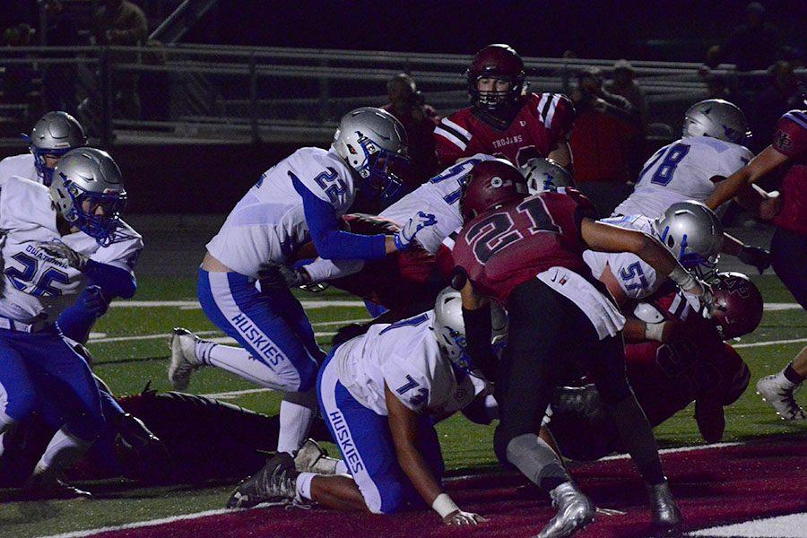 Owatonna pushes New Prague back in the endzone