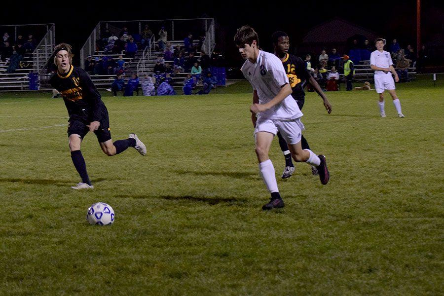 Junior Nick Smith handling the ball down the field