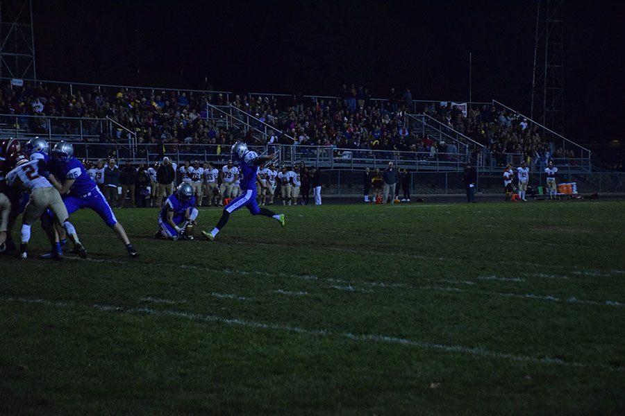 Senior Aidan Buryska scores a field goal