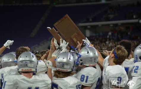 Photo Gallery: Owatonna vs. Elk River at US Bank!