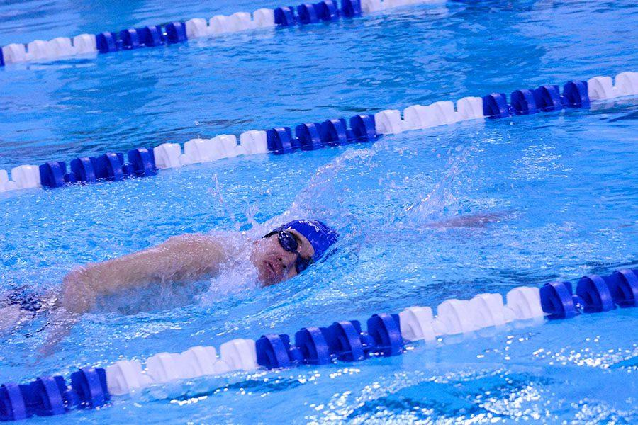 Nathan Buegler swimming the 500 freestyle