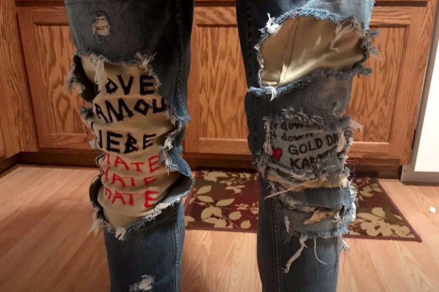 LOVE jeans. www.sekeriyesaleban@wixsite.com