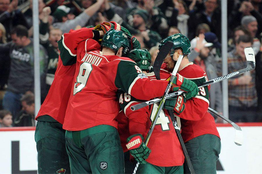 MN Wild in team celebration