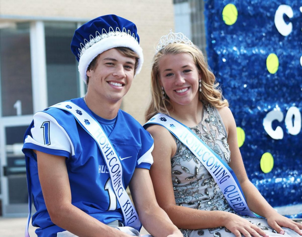 Homecoming Queen Margo Achterkirch and King Noah Budach