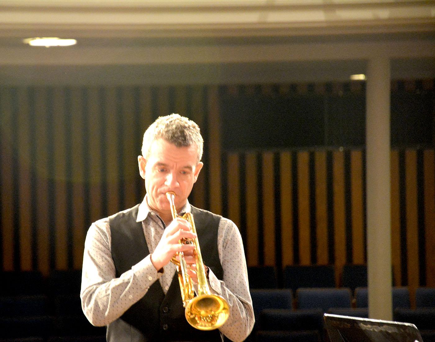 Musician Joe Burgstaller visited OHS on Nov. 21