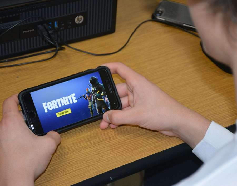 Fortnite Mobile fun to play, but needs update