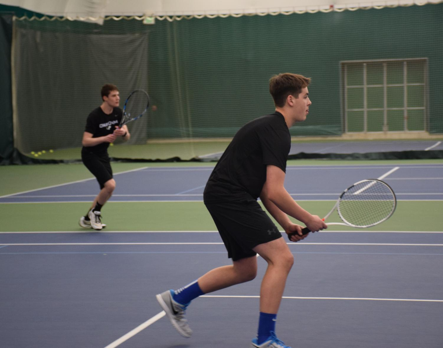 Boys tennis forced to practice indoors due to snowy weather