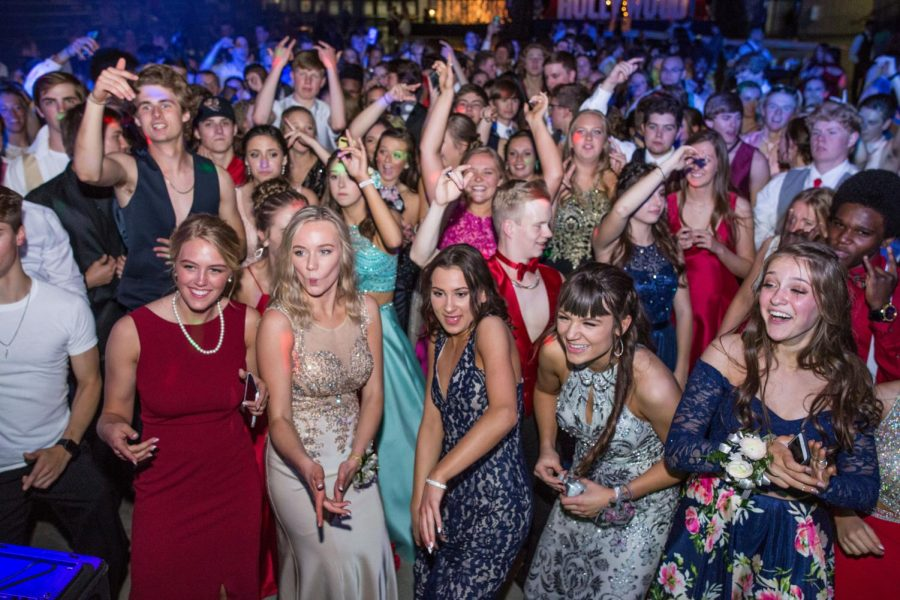 Prom-goers react to