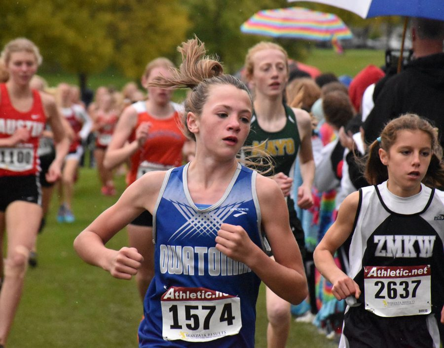 Owatonnas runner paces her way to the front of the pack
