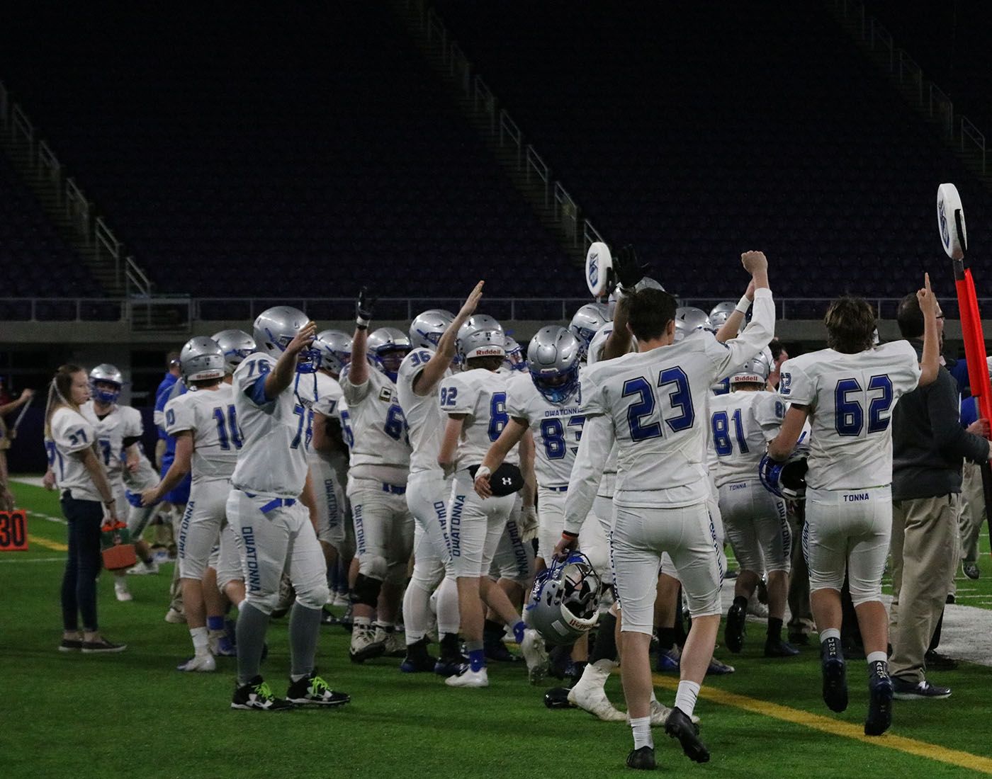 Owatonna+bench+holds+up+fours+heading+into+the+fourth+quarter