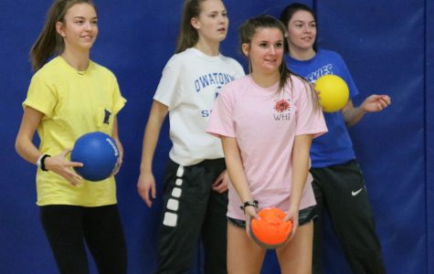 Camryn Bartz and her team in a defensive stance