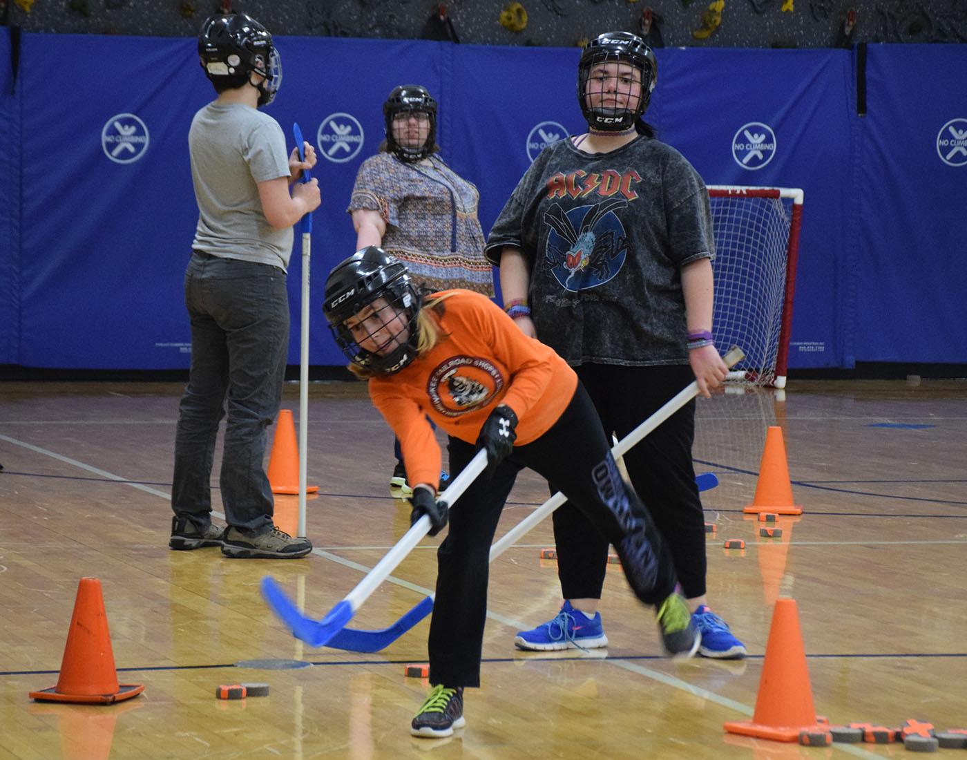 Junior Melinda Abernathy practices her shot