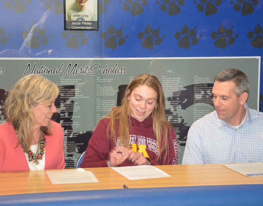 Sydney Kretlow  signing to division I University of Minnesota- Twin Cities
