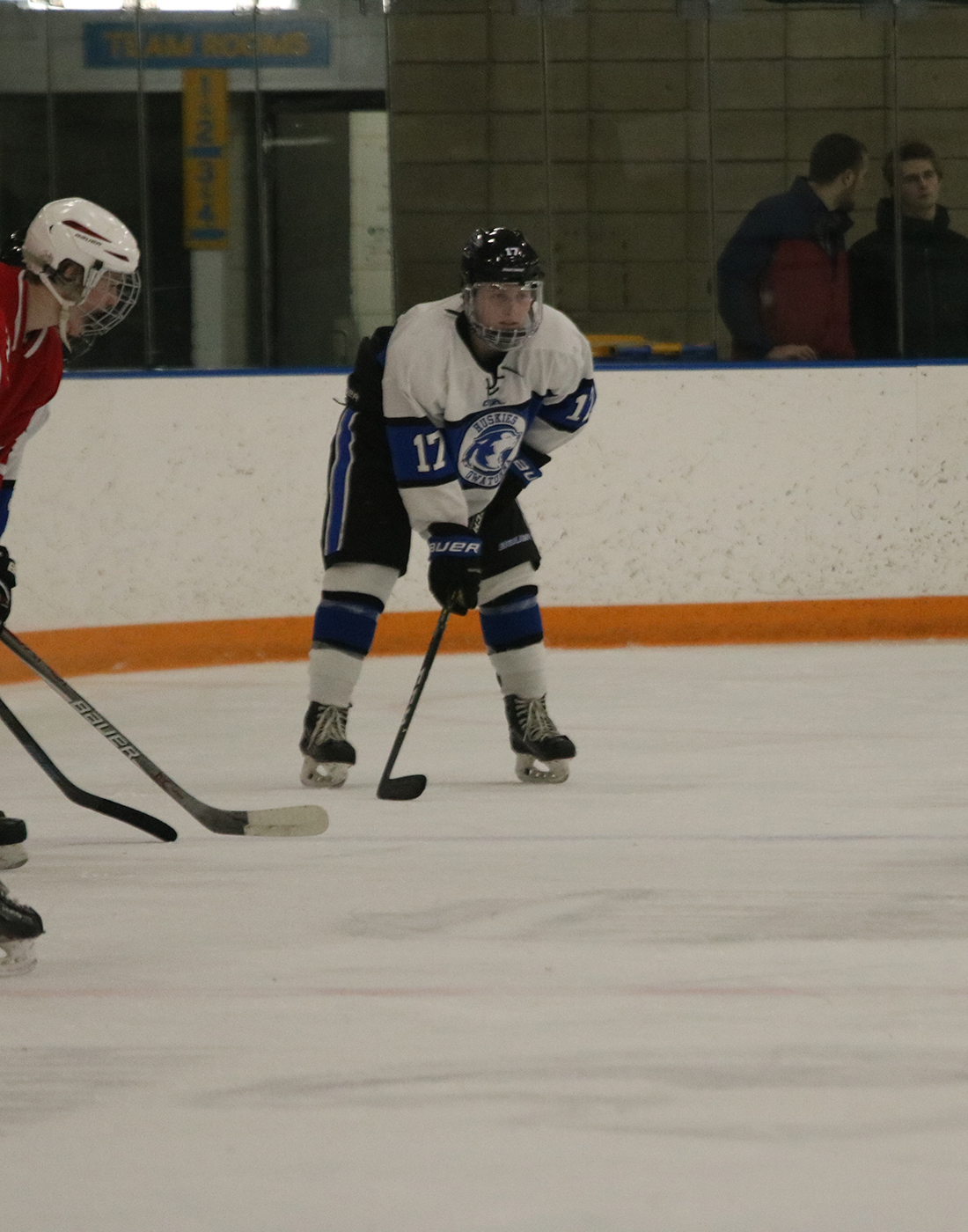 Mason Oland waiting for the puck drop