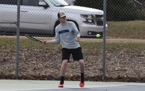 OHS Boys Tennis swings into season