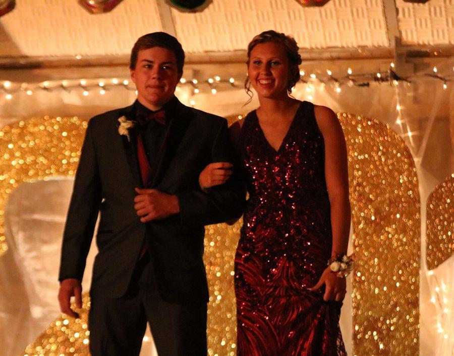 Seniors Logan Nelson & McKenna Schroht