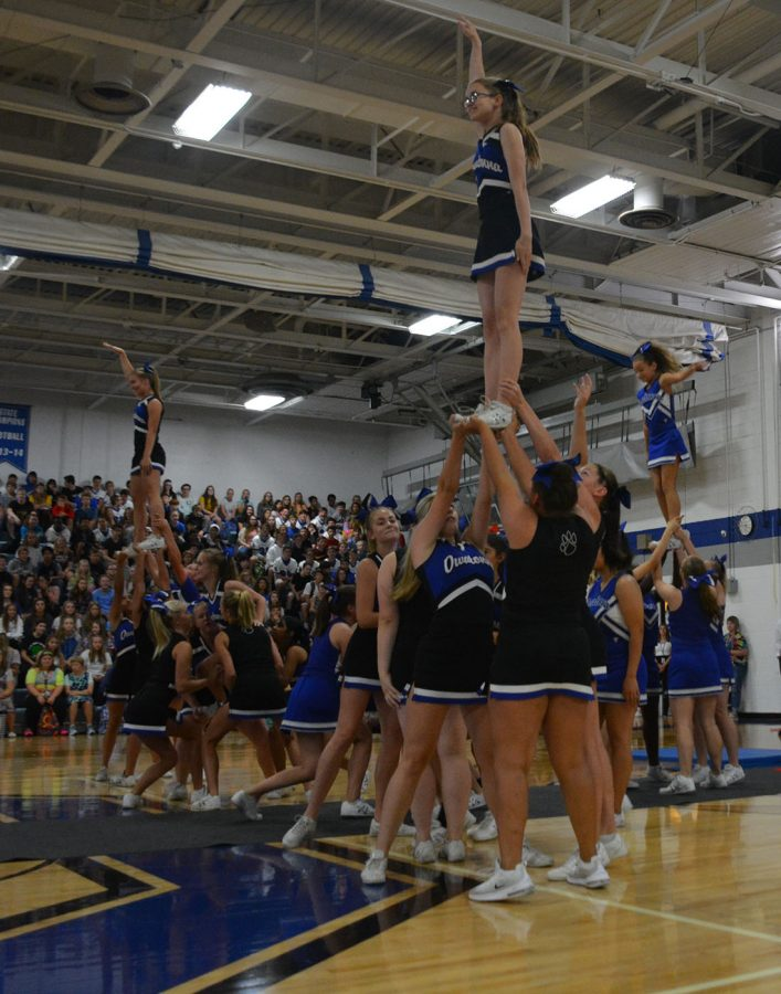 The cheer team