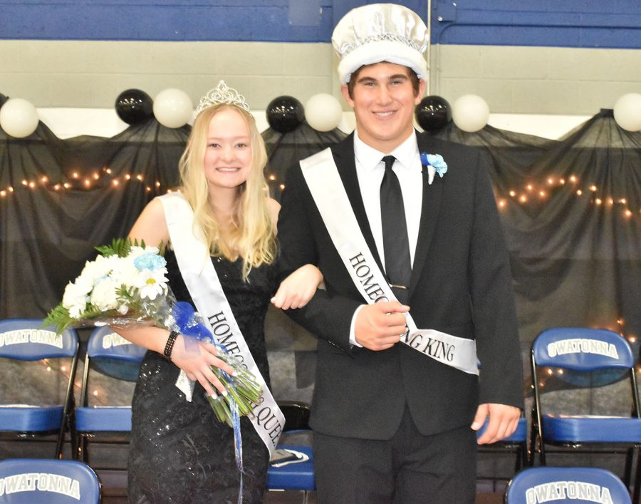 2019 Homecoming Queen Julia Dallenbach and King Carson DeKam