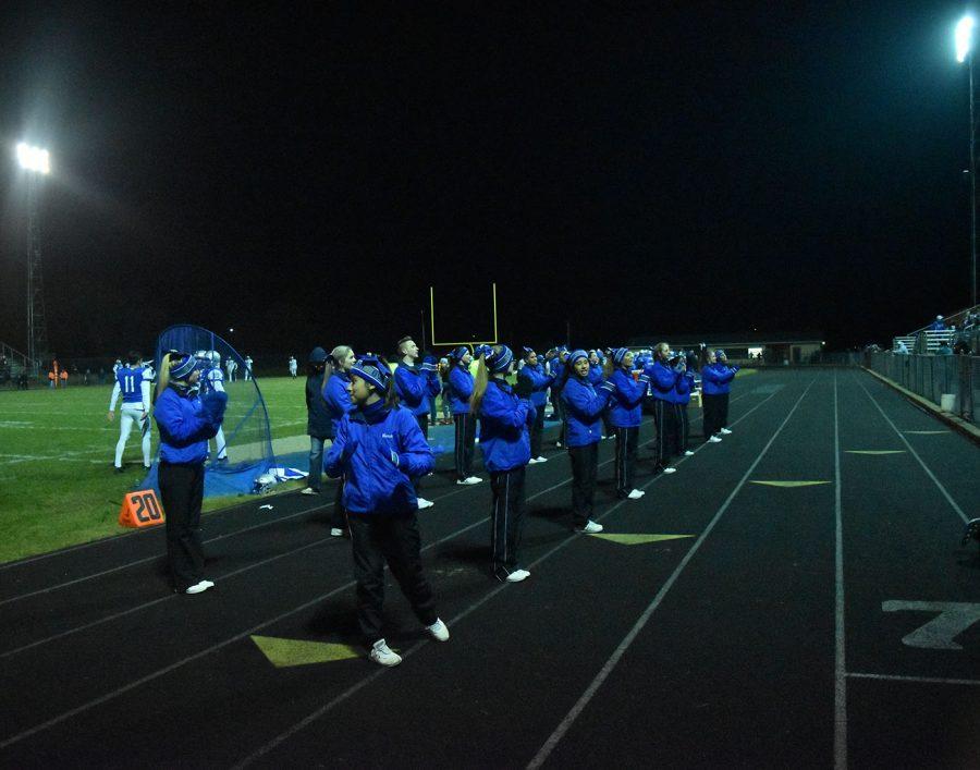 Owatonna Huskie's cheerleaders.