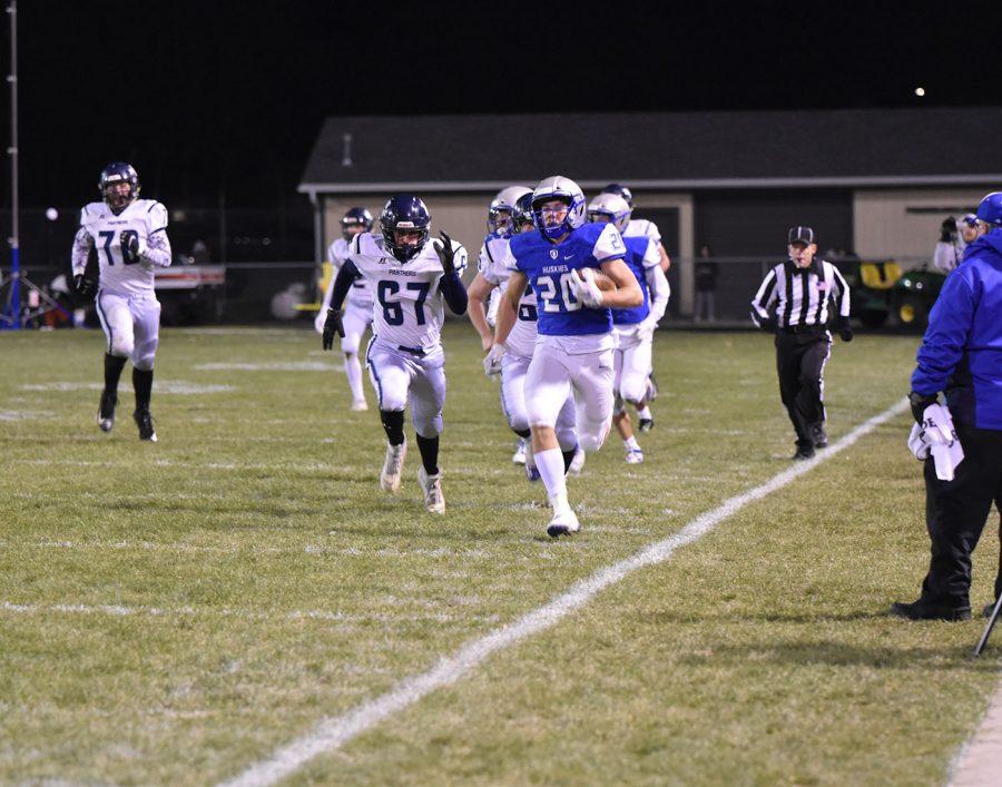 Zach Stransky running the ball down the sideline