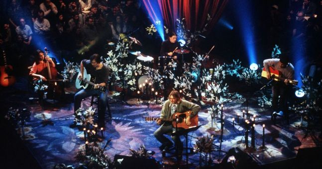 Nirvana performing live in New York for MTV Unplugged Source: hotpress.com