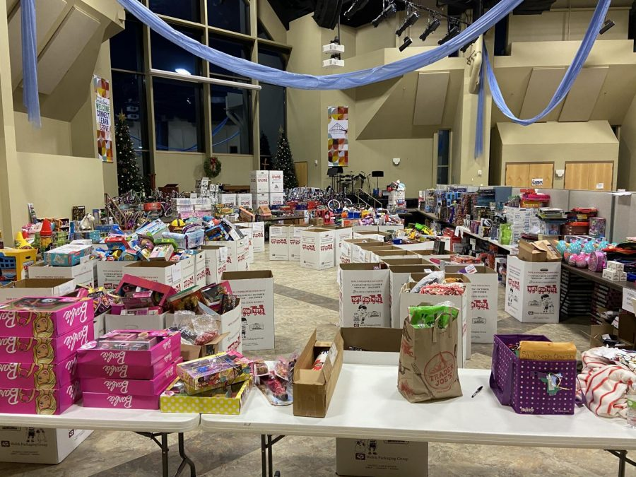 Behind the scenes of Toys for Tots after set up
